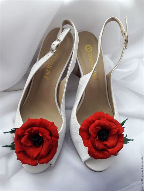 genuine leather poppy flower shoe