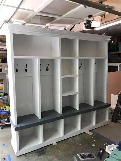mudroom bench depth 25 best ideas about lockers on pinterest mud room