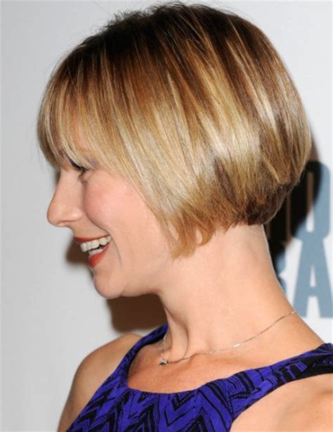 cutting a beveled bob hair style side view of chic short bob cut from meredith monroe