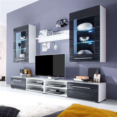schrank zweitürig weiß wohnzimmer schwarz braun weiss