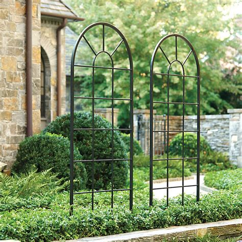 Arched Wall Trellis Grand Arch Trellis Traditional Home Fencing And Gates