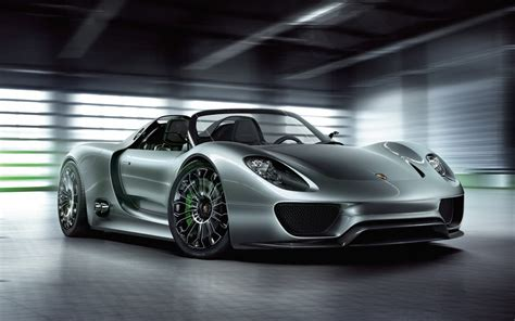 Porsche To Sell 918 Hybrid Supercar Motorlogy