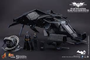 DC Comics The Bat Deluxe Collectible Set by Hot Toys