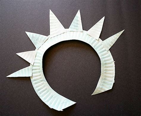 Paper Crown Craft - crafts for make a statue of liberty crown and torch