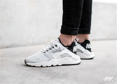 nike wmns air huarache run ultra white white black