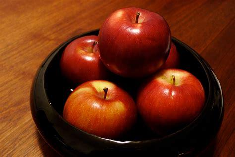 apple to apple empire apple wikipedia