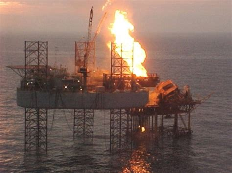 blowout offshore ensco 51 blowout rig disasters offshore drilling