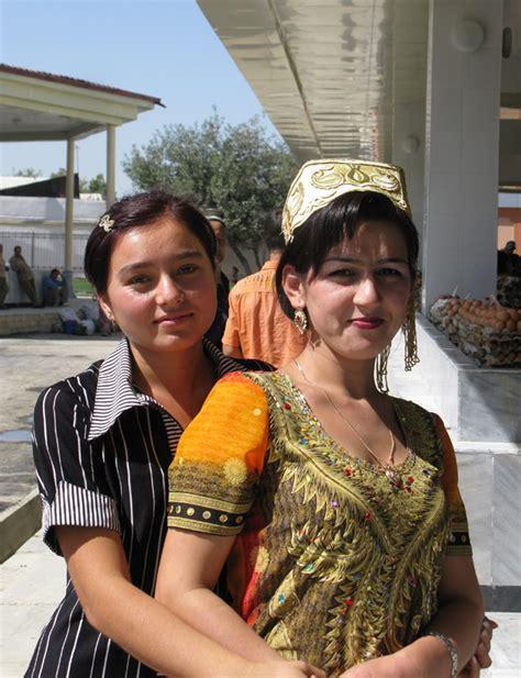 uzbek girls uzbekistan girls abroadmarrycom uzbek girls for marriage www pixshark com images