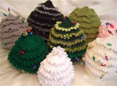 paper christmas tree hat pattern knitting pattern to make cristmas tree hats in 9 sizes