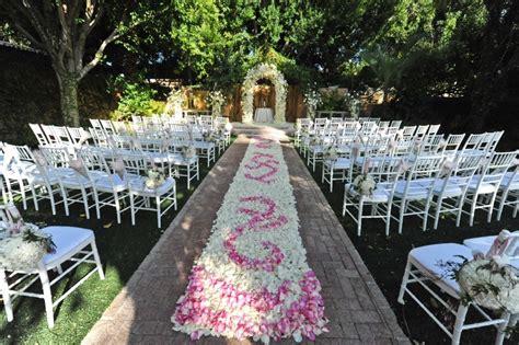 Outdoor Wedding Aisle Runner Ideas petal aisle runner for outdoor ceremonies unique