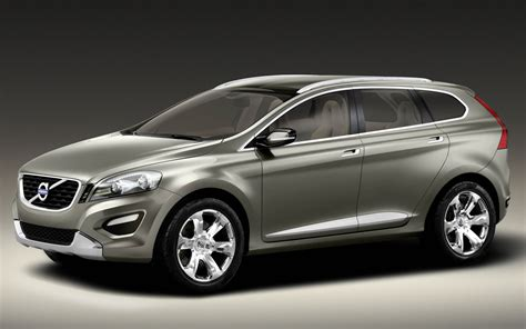 volvo launches compact suv xc