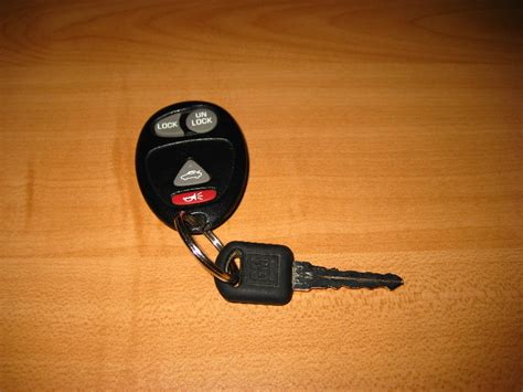 resetting gm key fob gm keyless entry fob battery replacement guide 001