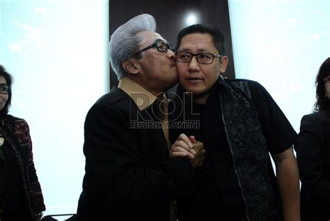 The Journey Of Anas Urbaningrum adnan buyung nasution siap membela anas republika