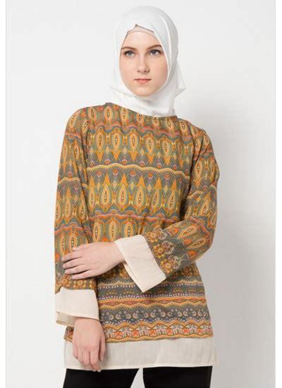 Dayanara Top Atasan Baju Muslimah Motif Batik Cantik tilan model baju atasan modern wanita berhijab 2018 baju muslim modern