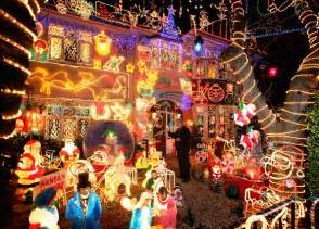 best decorated christmas houses best outdoor christmas decorations cbs news