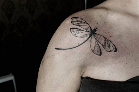 meaning of dragonfly tattoo dragonfly symbolism related keywords dragonfly