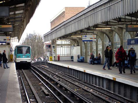 Visval Metro Brown ligne metro jaures subway application