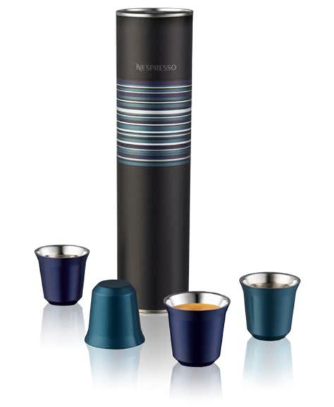sur la table nespresso pixie tasses pixie espresso table de cuisine