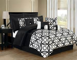 Comforter Sets Black And White 10 Benson Black And White Comforter Set