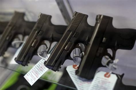 Missouri Background Check Laws Enforcement Groups Split On Ballot Question On Gun Background Checks Las Vegas