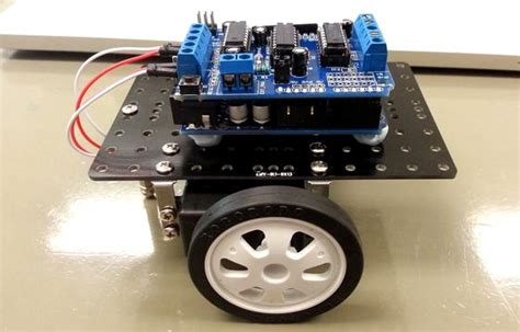 Floor Cleaning Robot Project by Arduino Based Floor Cleaning Robot Using Ultrasonic Sensor