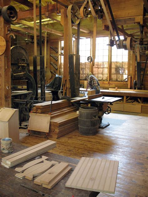 Wood Workshop Design Ideas