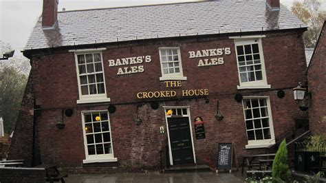 crooked house quirky places and travel hacks travel in the uk