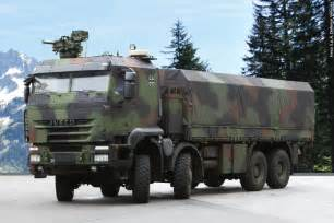 Defesanet land iveco defence vehicles supplies protected military