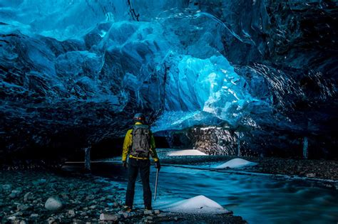 crystal cave iceland hype mango 10 amazing caves you probably never knew