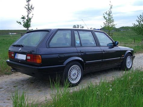 bmw 325i style changes styles and production history bmw e30
