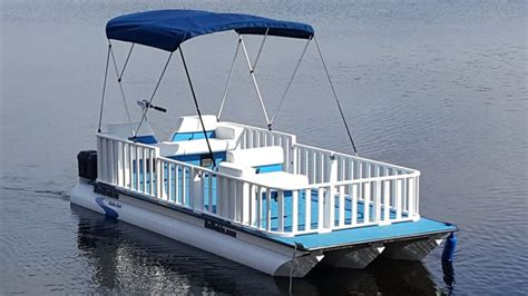 pontoon boats you can sleep on 17 best ideas about pontoons on pinterest pontoon party