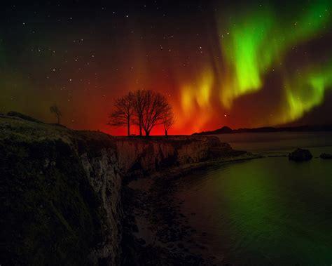 wallpaper aurora borealis northern lights hd  nature