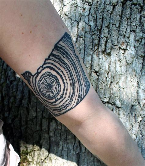 tree ring tattoo 50 oak tree designs for leaves and acorns