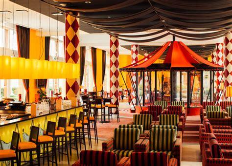 Disney Circus dining facilities vienna house magic circus hotel