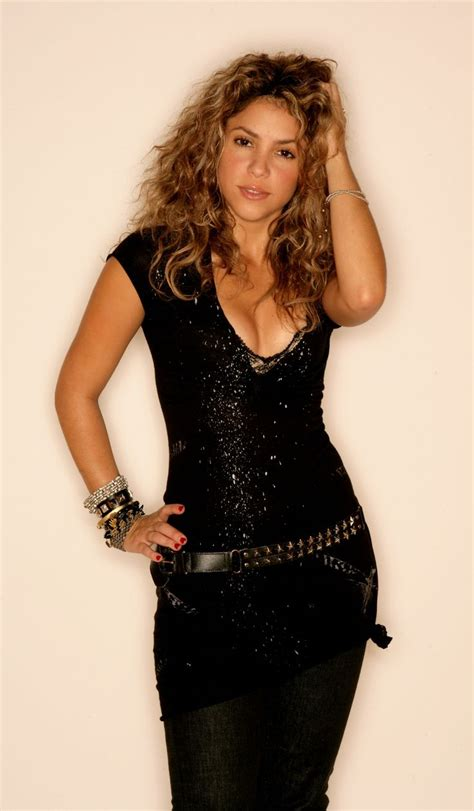 Hamida Top 2 By Syakia 222 best images about shakira on and magazine