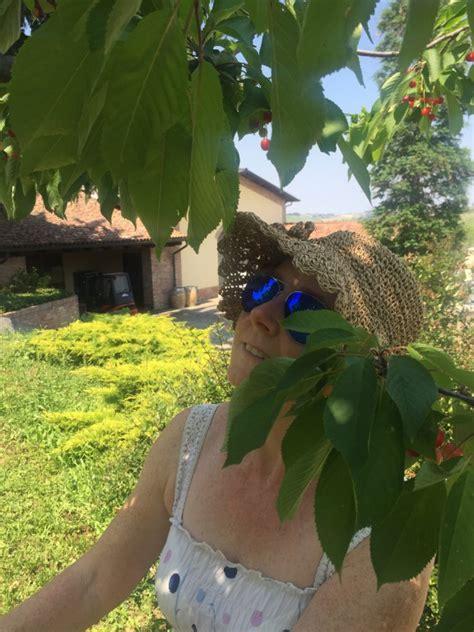tenuta dei fiori agriturismo tenuta dei fiori vino turismo a calosso