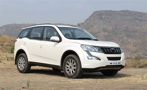 mahindra xuv 500 tata hexa vs mahindra xuv500 specifications comparison