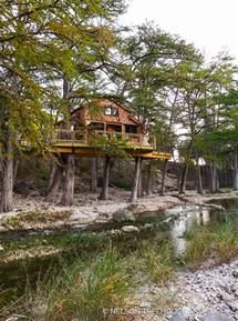 Treehouse Tx Treehousefriday Frio River Treehouse Nelson
