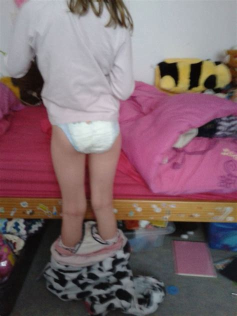 8 yo diapers year old girl diaper change bing images