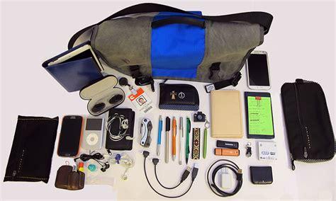 edc backpack list julie s gadget diary my evolving edc 推酷