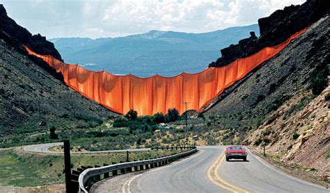 valley curtain christo valley curtain by christo jeanne claude mundo flaneur