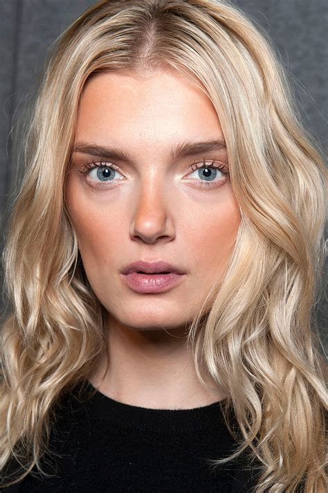 blonde eyebrow colours best eyebrow pencil shade for blondes instyle com