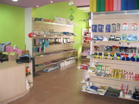arredamenti per edicole arredi per edicole e cartolerie ab arredamenti negozi