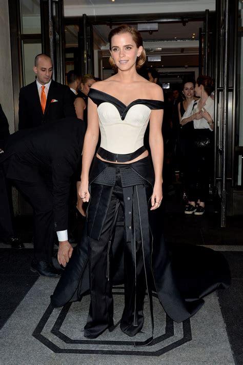 emma watson costume emma watson at costume institute gala 2016 in new york 05