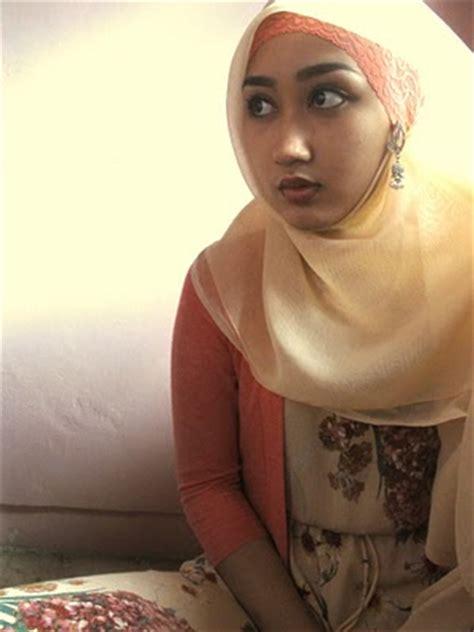 tutorial hijab kerudung paris ala dian pelangi tren gaya remaja terbaru tutorial hijab kerudung paris