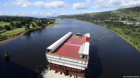 sectioned scotland aircraft carrier section leaves clyde shipyard bbc news