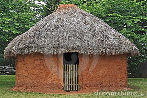 hutte indienne hutte indienne de boue photos libres de droits image