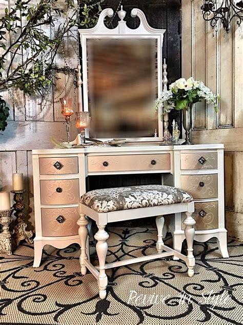 Refurbished Vanity Table by 17 Best Ideas About Refurbished Vanity On