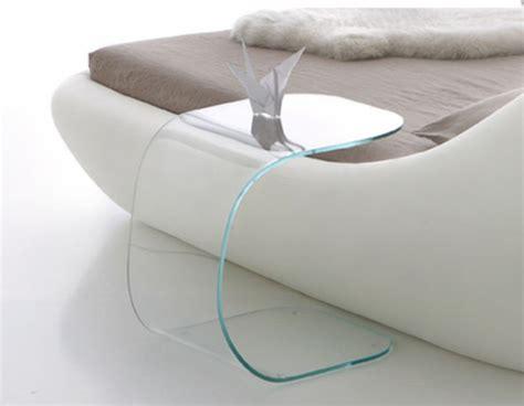 nachtschrank glas top 5 nachttisch designs f 252 r das schlafzimmer