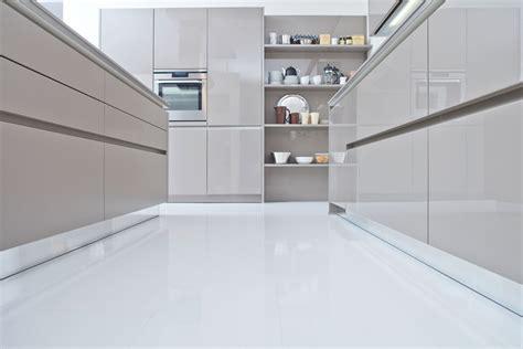 zoccoli cucina zoccolo per cucine alluminio